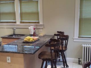 Cozy beautiful 3 Br 2 Bathrooms with Jacuzzi House - New Jersey vacation rentals