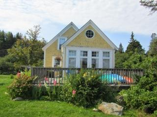 Beach Cove Cottage - LaHave vacation rentals
