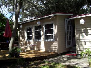 Lake cottage Sebring Florida - Watersound Beach vacation rentals