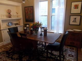 Teri's Chicago Guest House * Clark Suite - Illinois vacation rentals