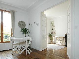 Superb Paris Apartment Rental - Paris vacation rentals