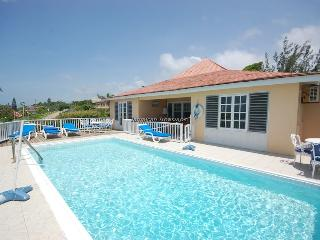 WALK TO BEACH! POOL! STAFF! Salt Ash - Duncans vacation rentals