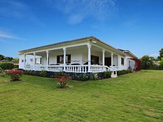 Eslyn - Runaway Bay - Runaway Bay vacation rentals