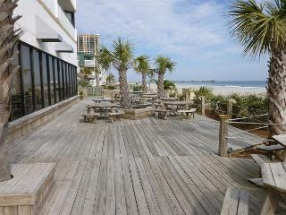 Nice efficiency w/ great views @ Sands Ocean Club-Myrtle Beach SC #628 - Myrtle Beach vacation rentals