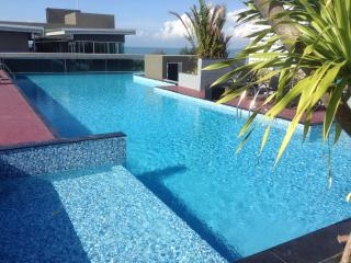 Brand new studio with roof swimming pool - Pattaya vacation rentals