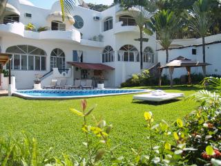 CASA GRAN DIA - UP TO 16 GUESTS ! GREAT DEALS!! - Puerto Vallarta vacation rentals