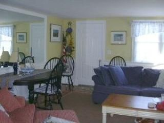 Close to Town Chatham - 47 Eldredge Square - Chatham vacation rentals