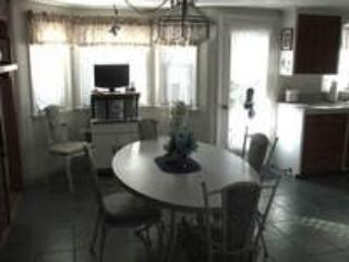 4 Bedroom Ranch - 1/10 Mile to Parkers River Beach - 17 Burch Road - Image 1 - South Yarmouth - rentals