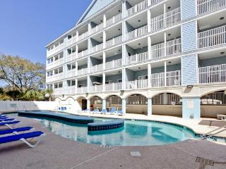 Excellent 6 Bedroom Myrtle Beach Villas Unit with Pool and Grill - Myrtle Beach vacation rentals