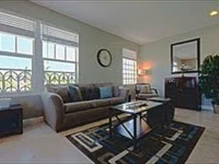 BEACH RENDEZVOUS / TWO BLOCKS FROM THE BEACH - Miami Beach vacation rentals