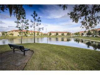 Gated Luxury Compass Bay Condo with Lake View, $699 a week - Kissimmee vacation rentals