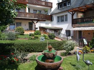 Vacation Apartment in Kröv - 538 sqft, quiet, sunny, comfortable (# 4743) - Krov vacation rentals