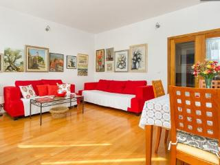 Great apartment for 5 near sea - Split vacation rentals