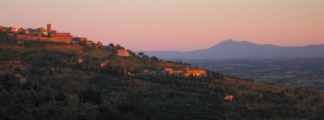 the view from our house - 1 Bedroom Bed and Breakfast in Cortona, Tuscany - Cortona - rentals