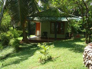 Holiday Home Dadalla Galle Sri Lanka - Bandarawela vacation rentals