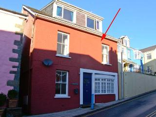 THE POTTER'S WHEEL, first floor apartment in central location, harbour views, in Saundersfoot, Ref 29360 - Freshwater East vacation rentals