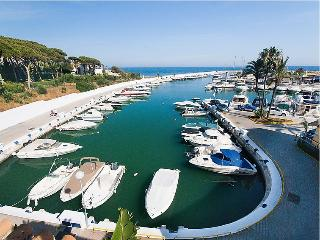 CHARMING APARTMENT BY THE SEE IN THE COSTA DEL SOL - Marbella vacation rentals