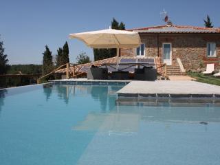Pietra E Mattoni Nel Cuore Del Chianti - Terranuova Bracciolini vacation rentals