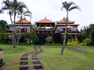 Villa Sami Sami - Bukit Area - 6 bedrooms - Ungasan vacation rentals