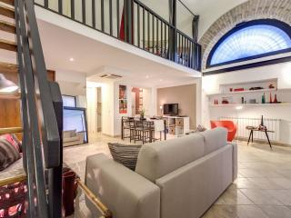Colosseo White Shadow Loft - Rome vacation rentals