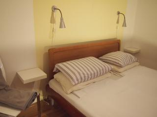 Apartments Bologna- One bedroom apartment - Zagreb vacation rentals