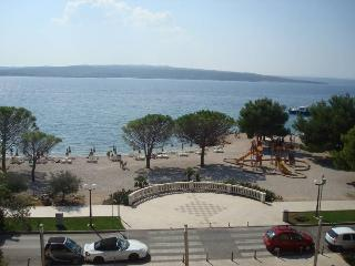 BEACH APARTMENTS IN THE CENTER - APP 2 (2+2) - Jadranovo vacation rentals