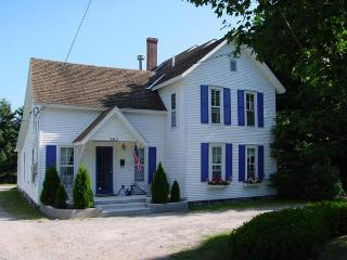 480 Main St Harbor Springs IN TOWN - Harbor Springs vacation rentals