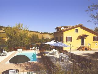 Your vacation in Villa with pool-or B&B - San Ginesio vacation rentals