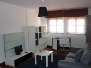 Lisbon BALCONY Penthouse @ 15th floor Views - Lisbon vacation rentals