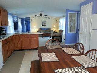 Perfect alternative to hotel - DownEast and Acadia Maine vacation rentals