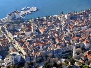 Million Dollar View - Split vacation rentals