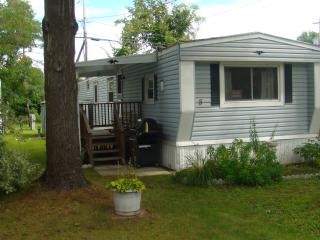 Lovely Cottage by Saratoga Lake - Cambridge vacation rentals