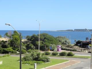 Stunning Sea views 2 bed apartment 30m from beach - Punta del Este vacation rentals