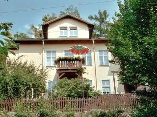 Little Bed and Breakfast at the city  of Dresden - Weinboehla vacation rentals