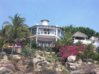 Mexican Oceanside villa with spectacular views - Guerrero vacation rentals