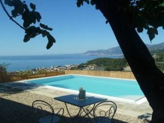 Beautiful villa with swimming pool and sea view - Bordighera vacation rentals