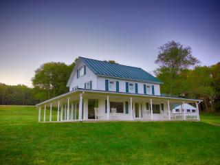 Cozy 3BD Home on Beautiful Property - Sharpsburg vacation rentals
