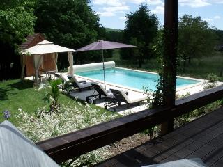 LUXURY COUNTRY COTTAGE NEAR TO LOT DORDOGNE BORDER - Gindou vacation rentals