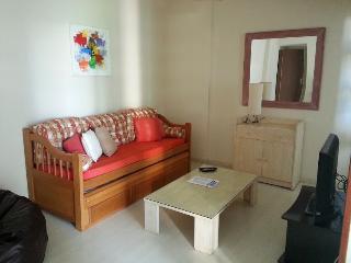 Ipanema 1 quarto e sala, acomoda 4 CONFORTÁVEL - State of Mato Grosso vacation rentals