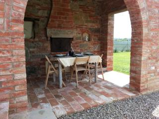 Tuscan House with Swimming Pool - Foiano Della Chiana vacation rentals