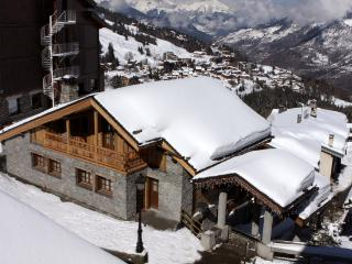 Luxury Chalet in Courchevel 2 min walk to Ski Lift - Champagny-en-Vanoise vacation rentals