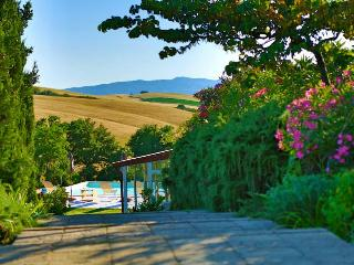 Agriturismo Podere Il Fornacino - Santa Luce vacation rentals