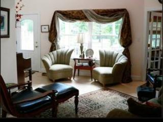Serenity Villa in Warm Springs Virginia - Hot Springs vacation rentals