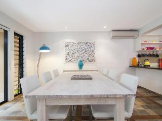 Ocean View Villa - 2 or 3 bedrooms - Port Douglas vacation rentals