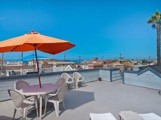 122 B 24th Street- Upper 3 Bedroom 2 Bath - Orange County vacation rentals