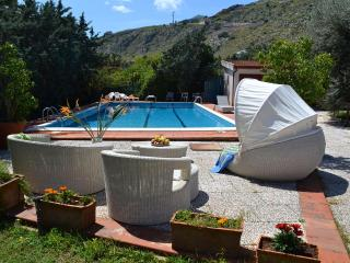 VILLA PANORMUS: Secluded villa in Mondello with p - Caltavuturo vacation rentals