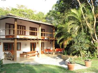 Spacious house and garden, with pool, in Trancoso - Porto Seguro vacation rentals