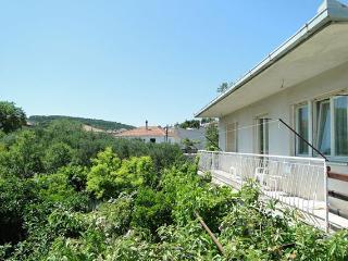 Apartments Baras  AP3 - 6+3 - Kastel Luksic vacation rentals