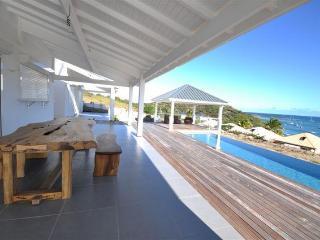 Beautifull Villa 4 Bedrooms / Pool - Sea ViewPINEL - Saint Martin vacation rentals