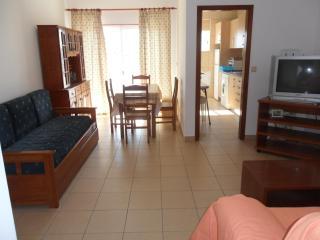 Apartment T1 10C - Armação de Pêra vacation rentals